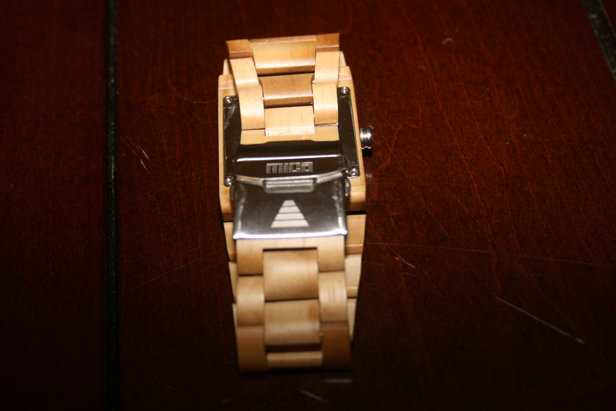 The Drift - A Wooden Watch by Mica